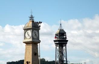 Imatge de la Torre del Rellotge de la Barceloneta