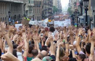 Imatge d'una manifestació, democràcia procomú