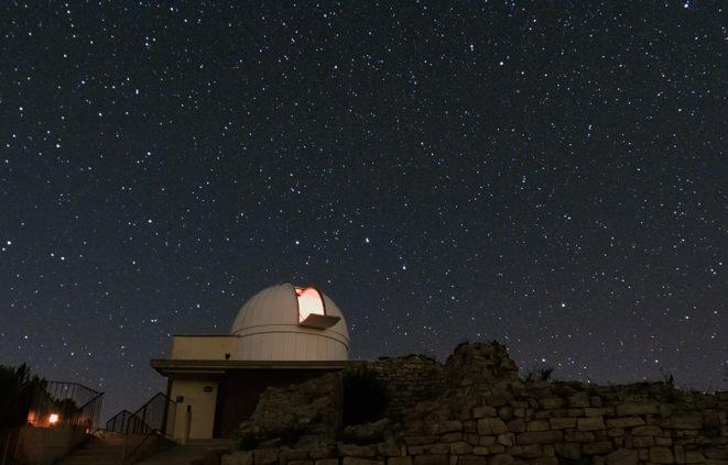 Imatge de l'observatori de castelltallat on es fa setmanalment l'activitat bateig del cel